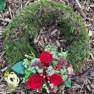 a1-a-bloemstukken-krans-mos