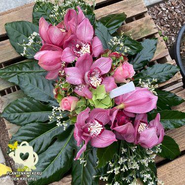 a1-bloemstuk-orchideen-roze